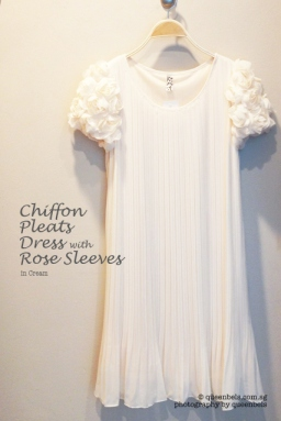 Chiffon Pleats Dress with Rose Sleeves in Cream