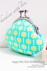 Happy-Mint-Dots-Kisslock-Purse