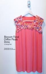 Blossom Floral Chiffon Pleats Dress in Orange Red