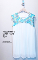 Blossom Floral Chiffon Pleats Dress in White
